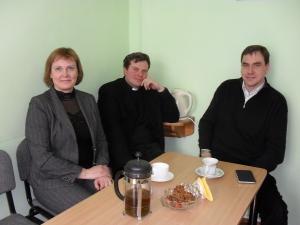 Katedros dėstytojai reikalus dažniausiai aptaria prie arbatos puodelio. Autoriaus nuotr.