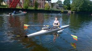 A. Navickas treniruojasi neįgaliesiems pritaikytoje valtyje. Emos Petreikytės nuotrauka.