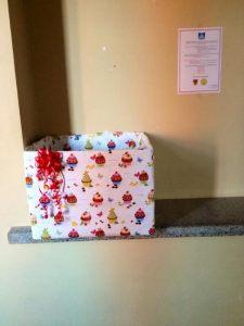 """""""Gerumo akcijos 2014"""" dėžė - skirta paaukojimui, Sveikatos mokslų fakulteto (Herkaus Manto g.84) 3-o aukšto hole. G. Sabaliauskaitės nuotr."""