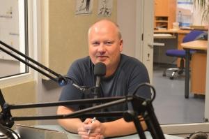 Dalius Žeimys - daugiau nei dvidešimt metų dirba radijo žinių tarnyboje. R. Petrikaitės nuotr.