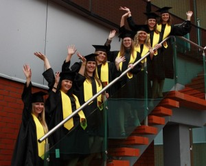 absolventai